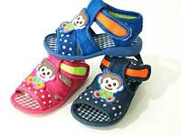 Детская летняя обувь. Детские пинетки-босоножки бренда Bluerama  (пищят) (15-20)