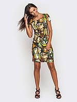 Платье полуприталенного силуэта с интестным принтом 90187