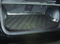 Резиновый коврик в багажник Toyota RAV4 00-05 Lada Locker (Локер)