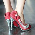 Декорирование обуви стразовой фурнитурой