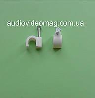 Скоба нейлоновая для кабеля диаметром 6 мм, упаковка 100 шт