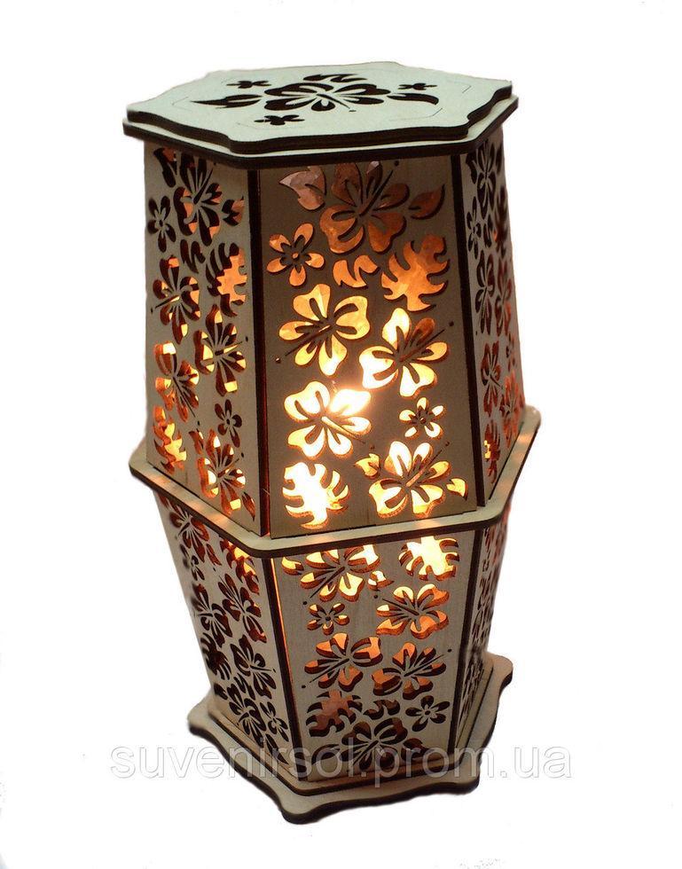 """Соляной светильник в дереве """"Цветок калла"""""""
