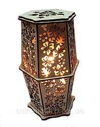 """Соляний світильник в дереві """"Квітка калла"""""""