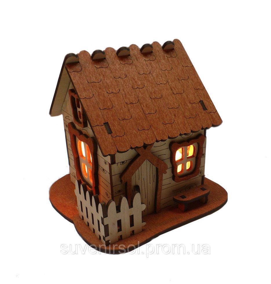 Соляной светильник Домик деревянный