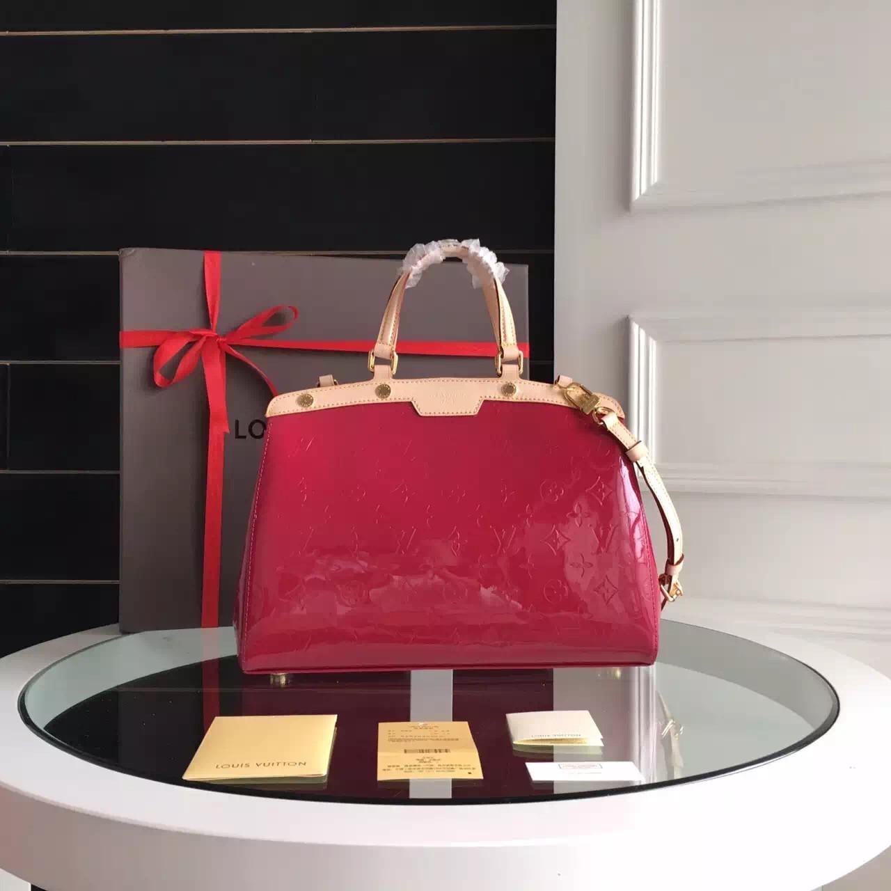 Женская сумка Louis Vuitton Brea красная