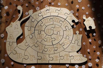 Деревянные азбуки и пазлы для детей