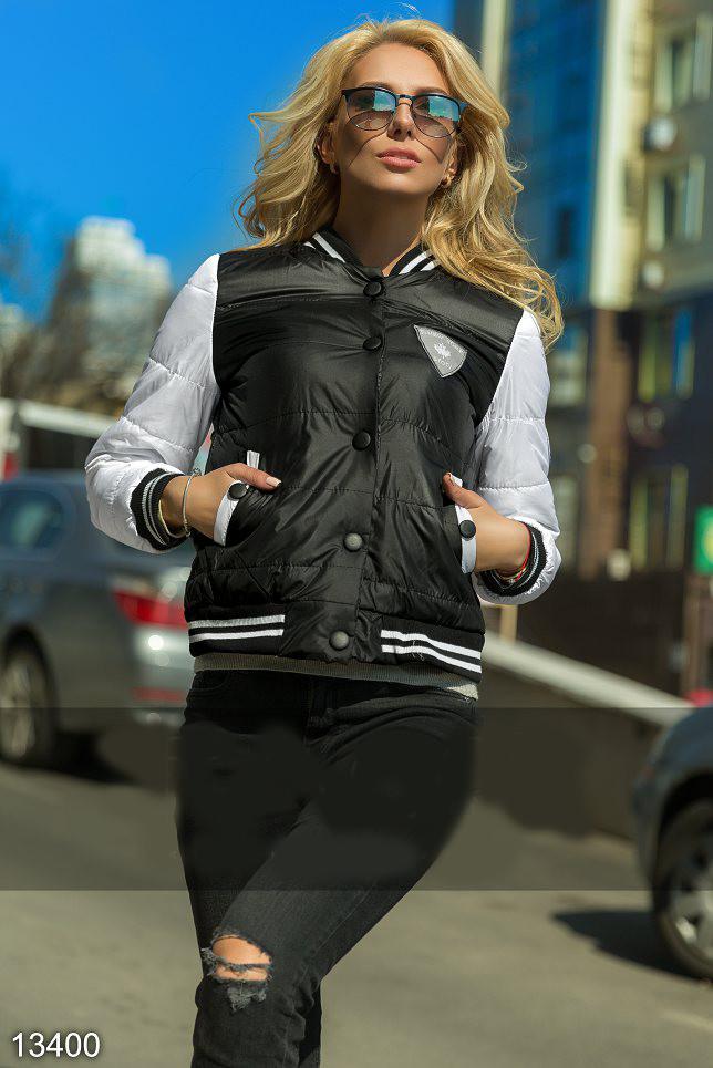 Молодежная женская куртка в стиле Бомбер