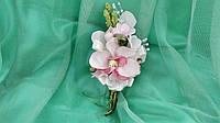 Свадебная бутоньерка из розовой орхидеи