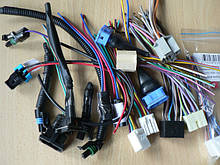Колодки разъемы фишки проводки автомобилей с контактами и проводами