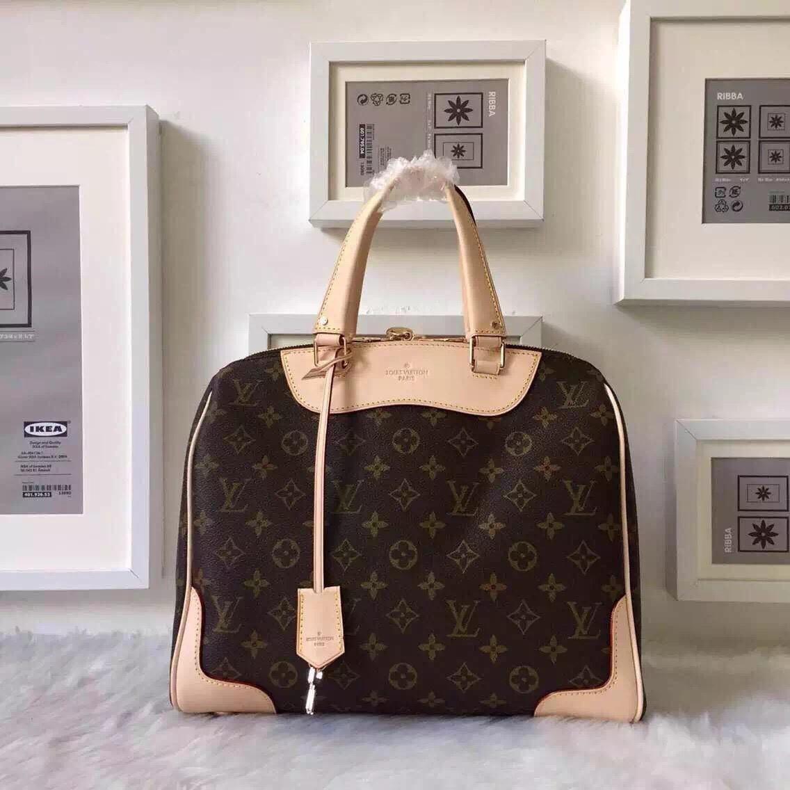 Сумка Louis Vuitton - качественные реплики сумок   vkstore.com.ua b5fe682298a