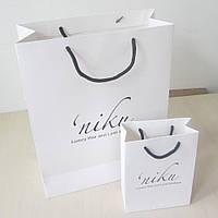 Бумажный пакет с логотипом из картона 310х310х120