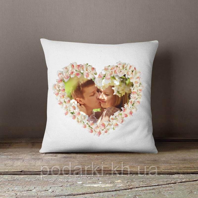 Декоративная подушка с фото на День влюбленных