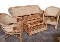 Комплект плетённой мебели из лозы CA_197.  В комплекте 1 диван 3х местный, 2 кресла, стол журнальный. Садовая мебель. Сделано в Индии.