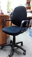 Продам офисное кресло (Б/У)