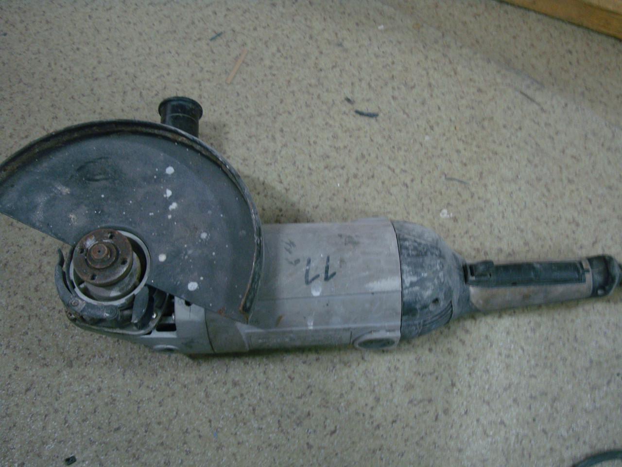 Угловая шлиф машинка (болгарка) ИНТЕРСКОЛ УШМ-230/2100М на запчасти или ремонт