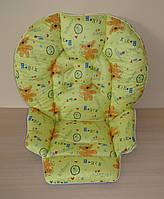 Чехол на стульчик Chicco Polly 2 в 1 мишки-следы на желтом