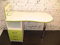 """Маникюрный стол c стеклянными полочками под лак """"Эстет  №1"""" белый с зелеными фасадами"""