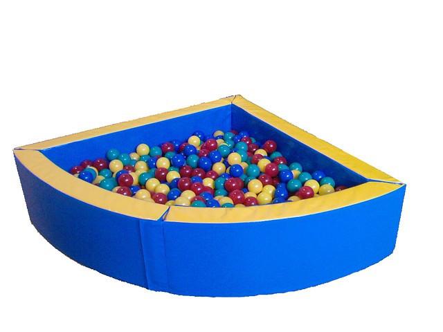 Сухой бассейн Уголок (2,0х2,0)