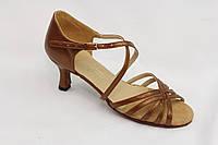 Танцевальная обувь .Женская латина 82108