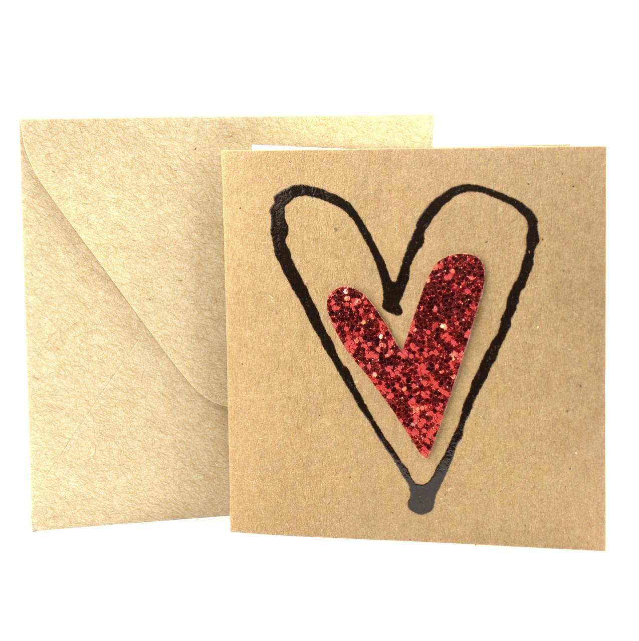 """Открытка """"Сердечко"""" из крафт картона декорированная блестками + конверт"""