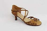 Танцевальная обувь .Женская латина Л-16