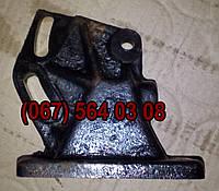 Крышка-кронштейн картера компрессора ПАЗ-3205