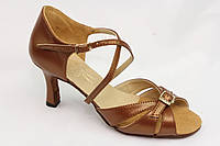 Танцевальная обувь.Женская латина Л-17