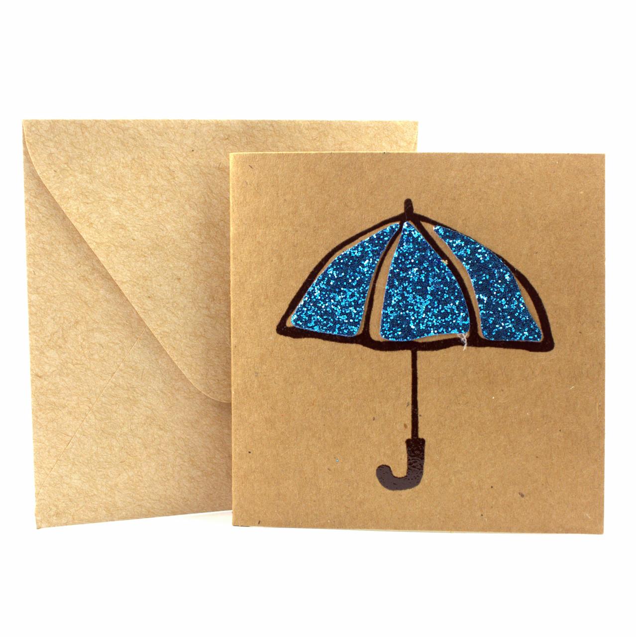 """Открытка """"Зонтик"""" из крафт картона декорированная блестками + конверт"""
