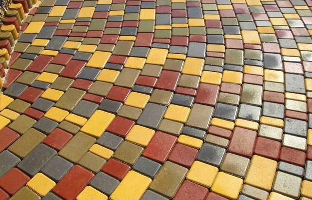 Тротуарна плитка, бруківка, дорожні елементи