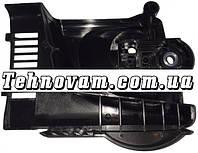 Крышка шины цепной пилы Makita UC4030 Вин код 154869-5
