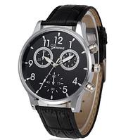 Стильные кварцевые  часы черные