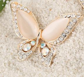 """Женская брошка """"Бабочка белая"""", фото 2"""