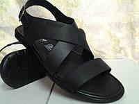 Стильные чёрные сандалии Rondo