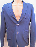 Стильный трикотажный пиджак синего цвета. Италия