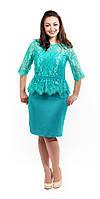 Нарядно платье с кружевом и баской  мятное