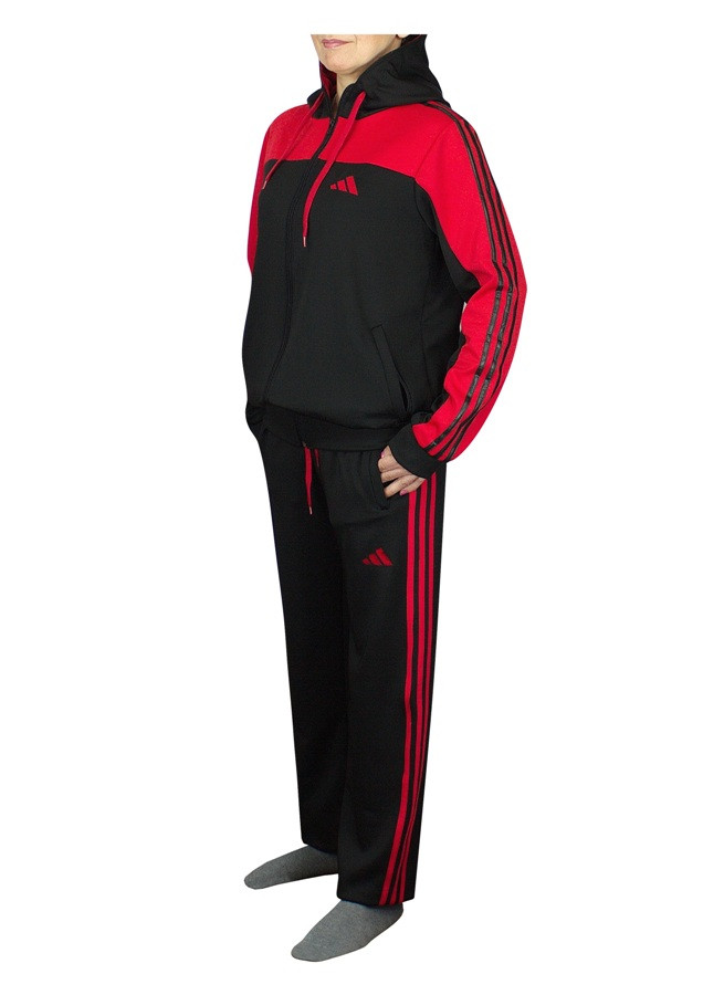спортивный костюм в красном декоре - фото teens.life