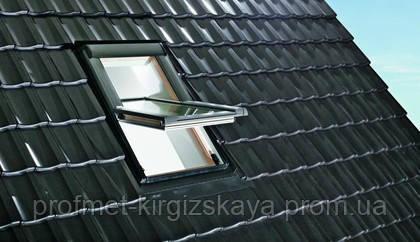 Мансардные окна ROTO Designo R4 c центральной осью