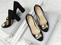 Туфли женские с брошью