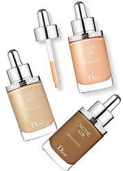 Тональная сыворотка Dior Diorskin Nude Air 010