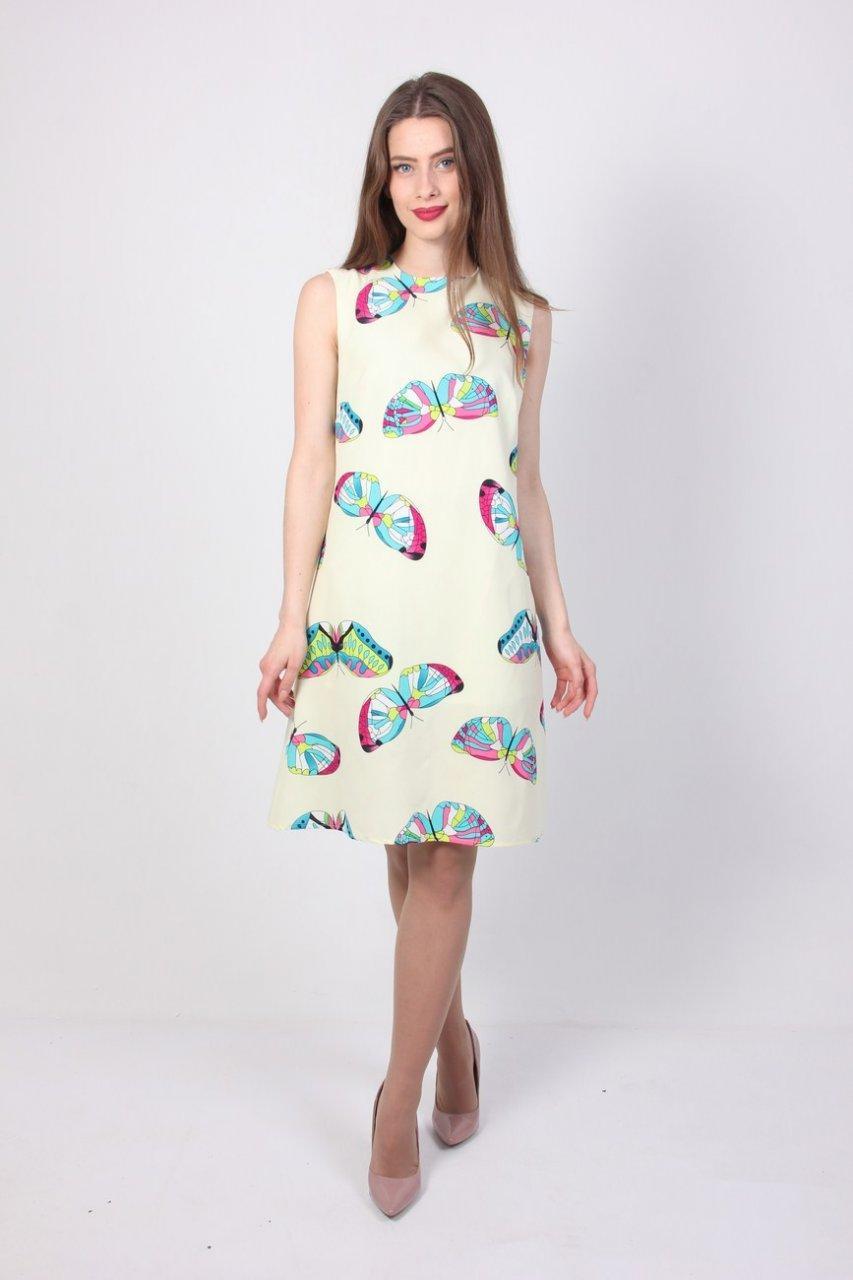fedd41e87dc Летнее белое платье полу-приталенного силуэта с принтом бабочки ...