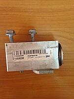 Клапан кондиционера б/у Renault Megane 3 7701209875, T1004825M