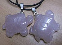 Кулон черепаха из розового кварца от студии LadyStyle.Biz