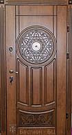 Входная дверь в коттедж (три  контура) модель Стоун
