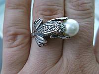 """Кольцо """"Лягушка с жемчужиной""""  17 размер (цвета жемчуга на выбор) от Студии LadyStyle.Biz, фото 1"""