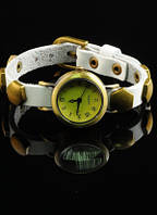 Оригинальные часы на кожаном ремешке от студии LadyStyle.Biz