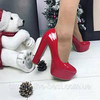 Туфли Christian Louboutin(лабутены) красный лак высокий каблук