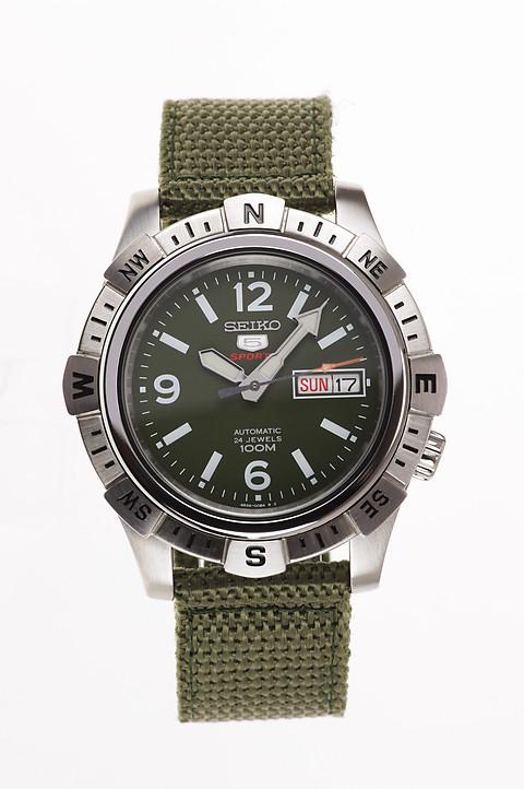 Часы Seiko 5 Sports SRP145K1 Automatic 4R36