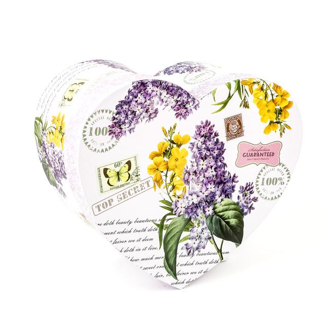 Подарочная коробка в форме сердца Сирень