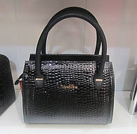 Маленькая женская сумочка под рептилию