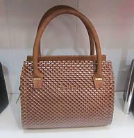 Коричневая женская сумка маленького размера